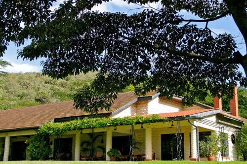 Kiangazi House